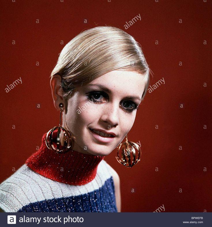 TWIGGY MODEL & ACTRESS (1968) Stock Photo