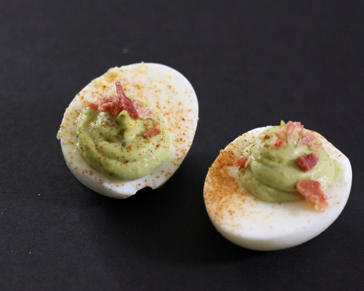 Avocado bacon deviled eggs recipe picnic potluck for Table 52 deviled eggs recipe
