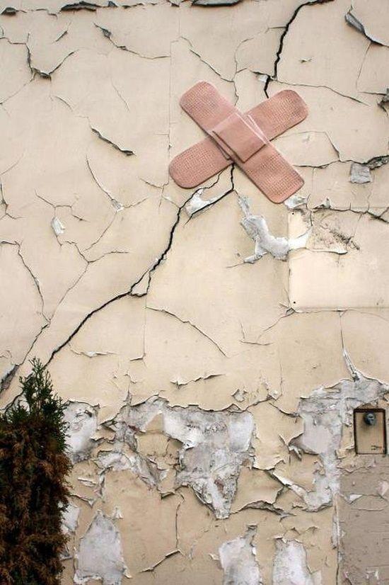 Best Street Art in 2012 ** My Casual ** > Street Art Jim - Pansement - Rue Jean-Baptiste Dumay. @designerwallace