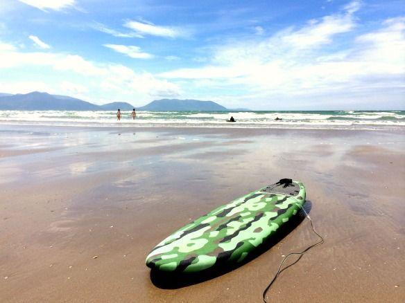 6 Irland - Inch Beach - Surfer