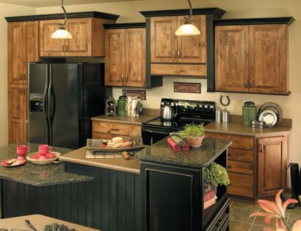 2 tone stained kitchen cabinets 9 best images about kitchen counter on two 10115