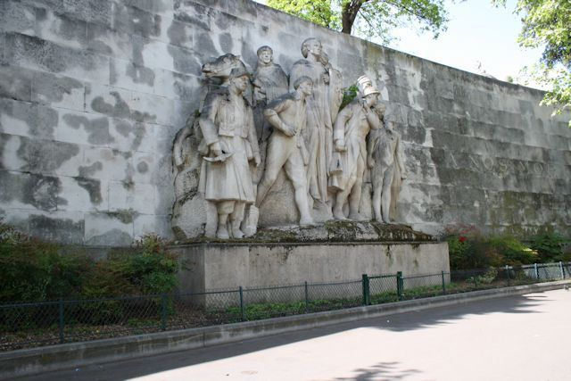 World War I memorial on the wall of the Passy Cemetery