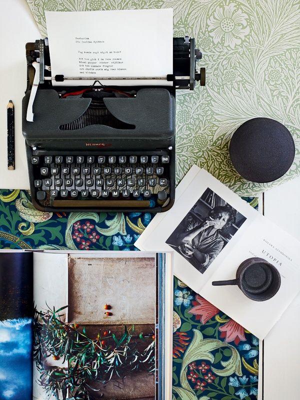 typewriter creativity