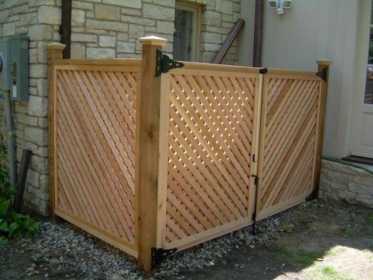 how to build a corral fence