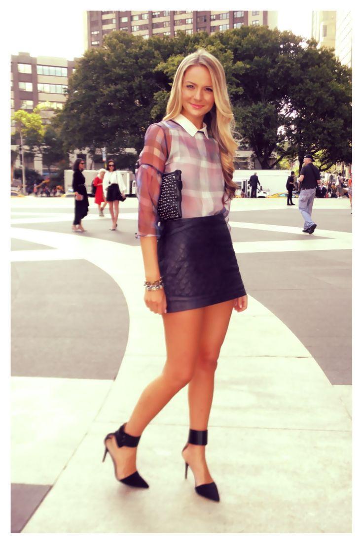 Bcbg Mini Skirt 82
