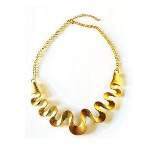 Solid gold serpent wave.  A truly elegant statement piece.  Adjustable parrot clip.  Design to sit high on your neckline.  Total Length: 35cm