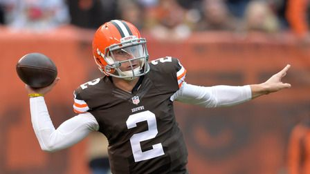 Shek is joined by former NFL head coach Brian Billick to discuss what's wrong with Peyton Manning and to review Johnny Manziel's first start with the Browns.