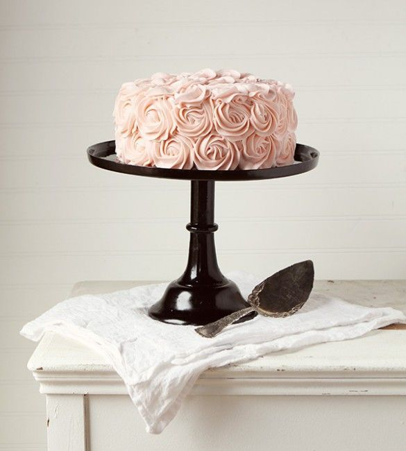 coming up roses (frosting roses of course!) ~ http://iambaker.net