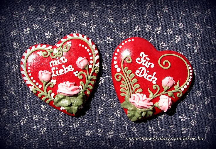 https://flic.kr/p/et3PC1 | IMG_7127 | Rózsás Mézeskalácsok Wedding favors, wedding gifts, , Nászajándék, Hungarian gingerbread, honey cookies, Wedding cookies,  Mézeskalács köszönetajándék, Vendégajándék esküvőre Mézeskalács szív Gingerbread hart, hart cookies Royal icing, írókázás Mézeskalács készítő tanfolyam