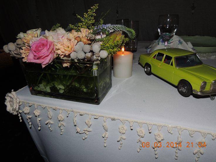 Vintage pastel colour wedding - Bridal table