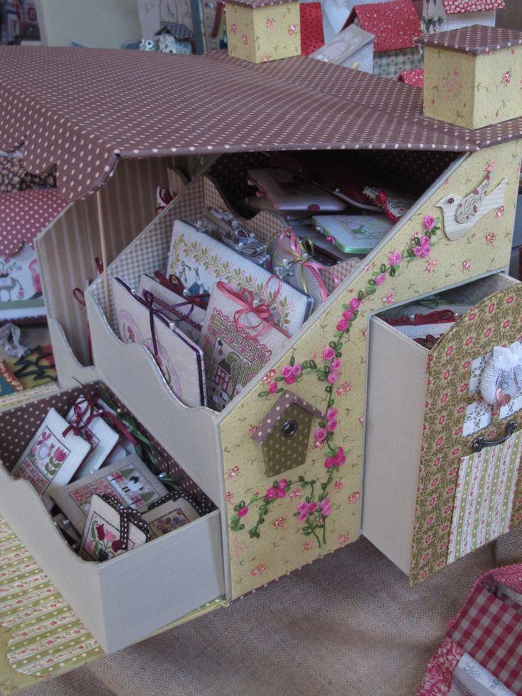 Plus de 1000 id es propos de cartonnage sur pinterest for Boite a couture fille