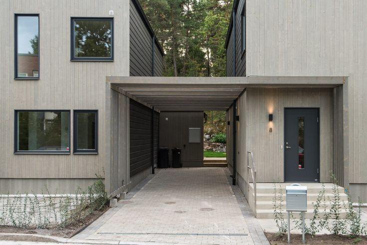 Ett liv i hus ska inte behöva vara ett val mellan stad och natur. Det är därför Vårvetet är beläget precis på gränsen mellan Älvsjöskogen och kommunikation till staden.