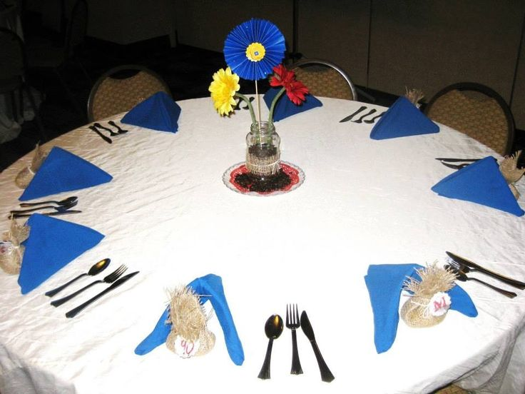 Colombian Theme table decor