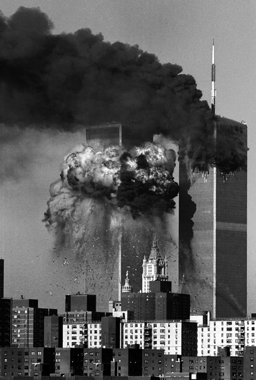 """Never forget 9/11 - the horror cannot be explained or """"therapist"""" helpful - it is something of great importance that we have to REMEMBER! And, what was the gov't doing on that day?"""