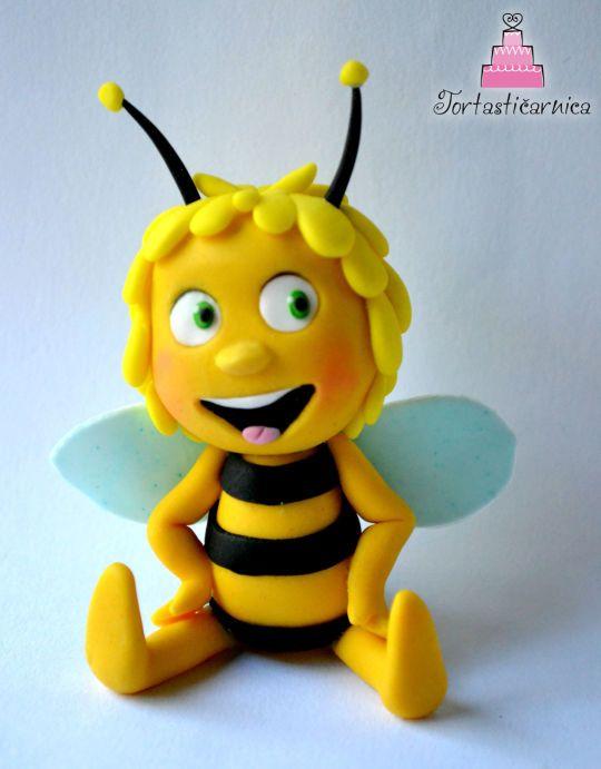 Bee Maya topper