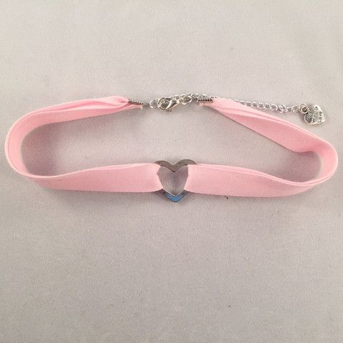 Pink Heart Choker - Deer Designs