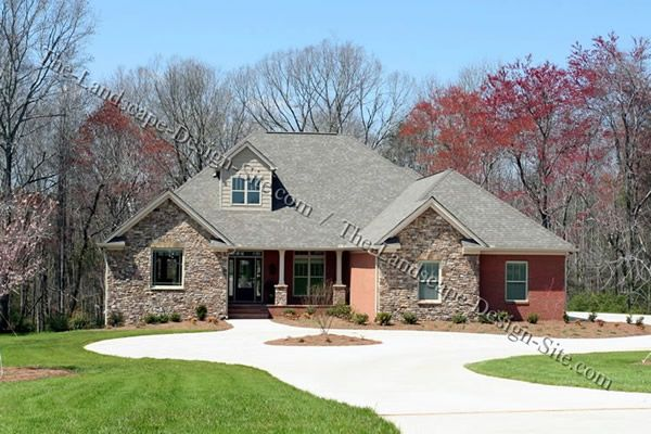1000 ideas about circle driveway on pinterest southern for Semi circle driveway designs