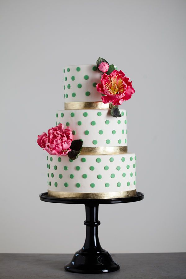 Anniversary Cake with silver dots and ribbons; or red dots and silver ribbons (no flowers)