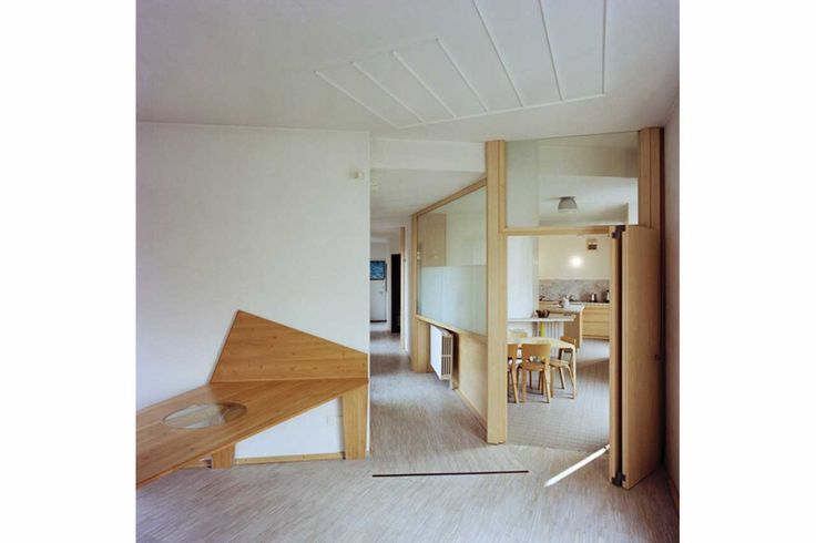 Casa Insinga, view from the living room showing corridor and entrance of the kitchen. Milan, Lombardy, Italy, 1990. Umberto Riva Architetto