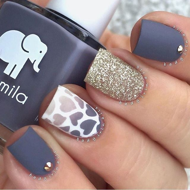Super cute nail design by @badgirlnails