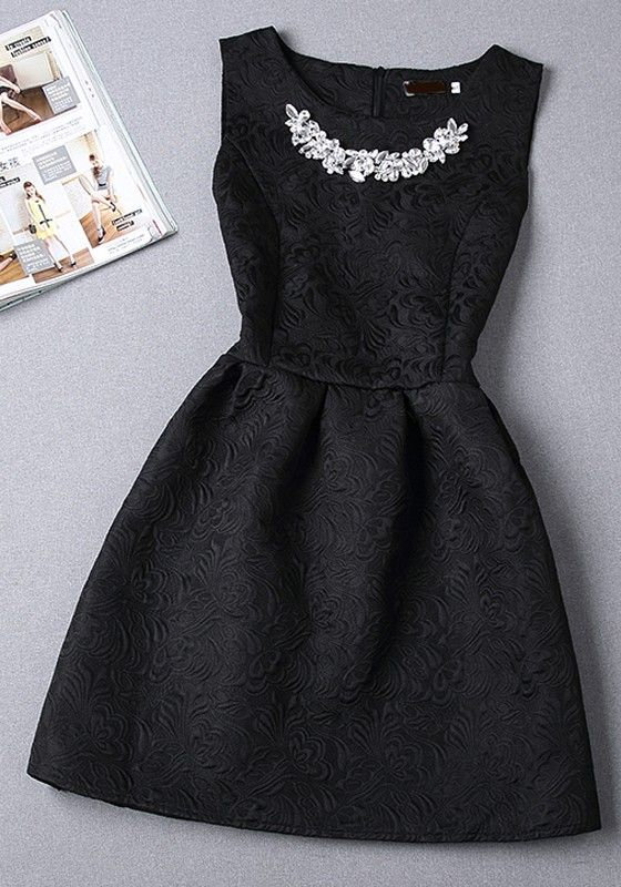 Black Plain Pleated Rhinestone Round Neck Sleeveless Mini Dress