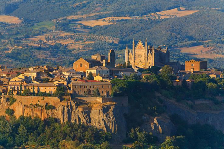From Rome to Florence: check out this #itinerary | #umbria #tuscany #italy
