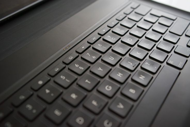 Test du clavier Logitech Logi Create pour iPad Pro - http://lkn.jp/1XKwWrp
