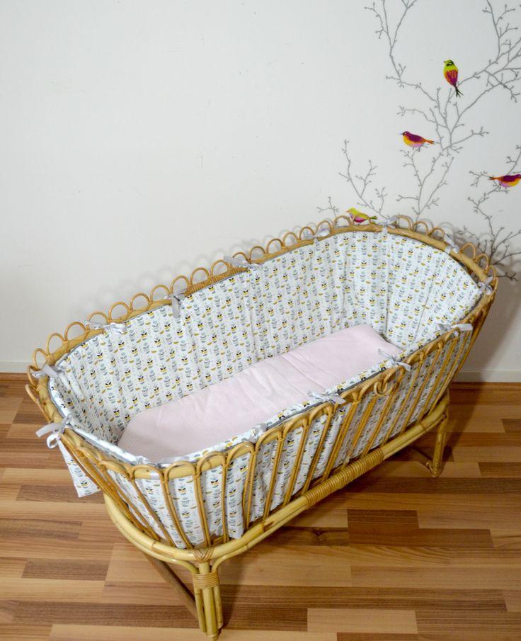 berceau  bébé en rotin/osier, Moïse , habillage et matelas  , vintage de la boutique atelierdelachoisille sur Etsy