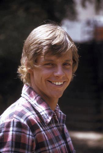 Luke Skywalker/Mark Hamill turns 63 today - he was born 9-25 in 1951.