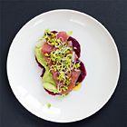 Ceviche van tonijn met wasabi en rode biet - recept - okoko recepten
