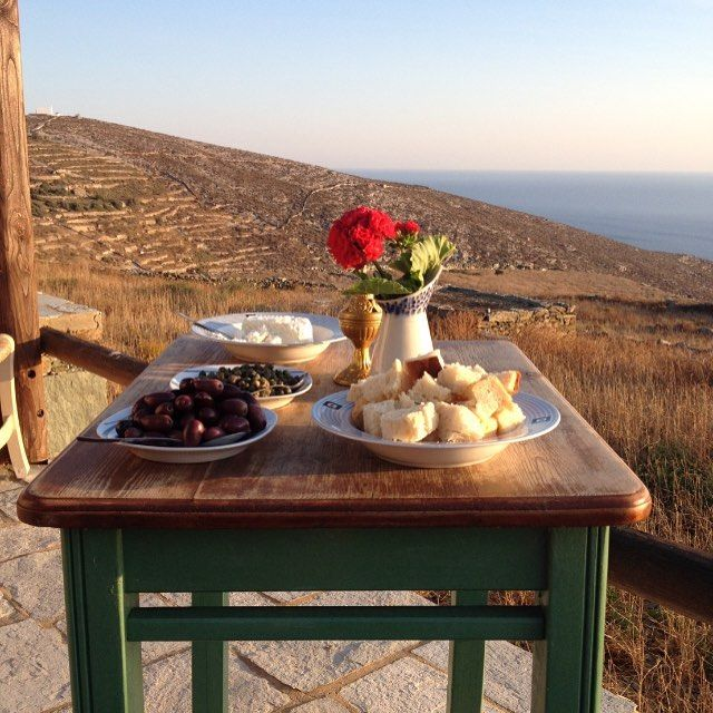Greek beauty at the wonderful #island of #Folegandros in #Greece Enjoy #traditionalGreek #food at #local #restaurants with #seaview
