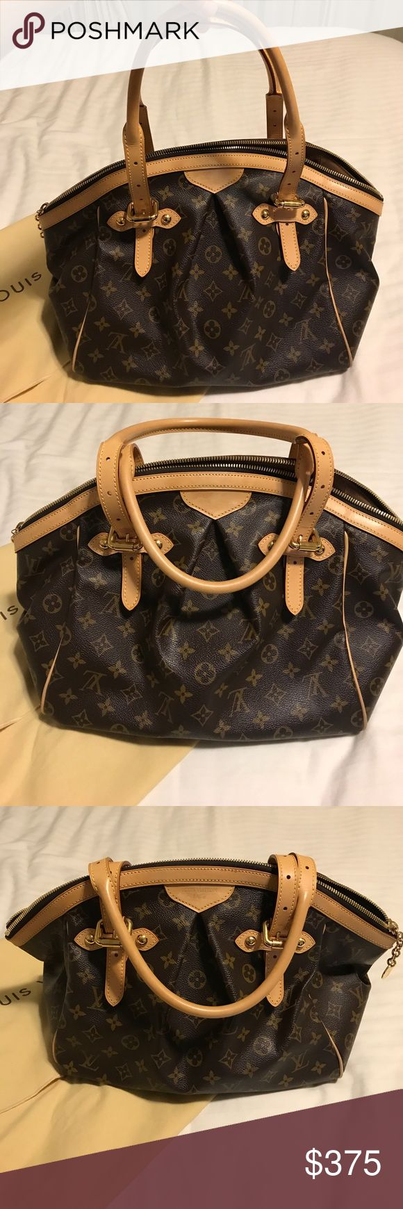 Louis Vuitton Bag Barely worn LV in excellent condition! Purchased for $1300 originally at the south coast mall in Orange County CA. Message me for any details Louis Vuitton Bags Shoulder Bags