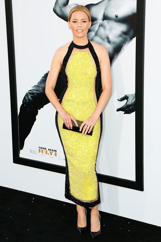 Elizabeth Banks http://en.louloumagazine.com/celebrity/celebrity-fashion-looks/hot-celeb-fashion/