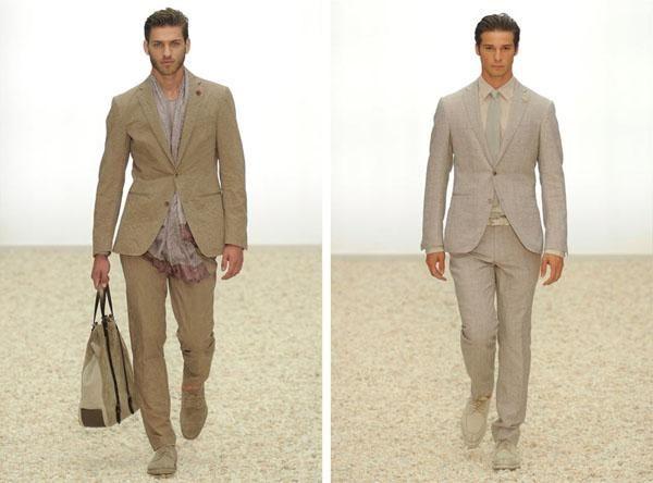 Cómo combinar un traje beige de hombre - 5 pasos - unComo