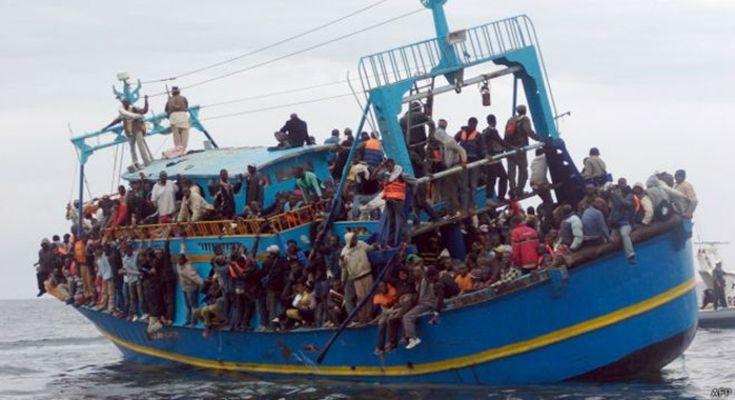 """Militantes de autodenominado """"Estado Islâmico"""" estariam sendo contrabandeados para dentro da Europa por gangues que operam no Mar Mediterrâneo, disse um asses"""