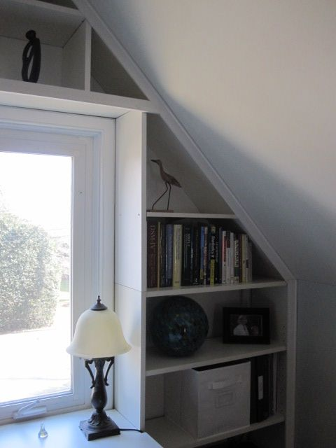 IKEA Hackers: Bright built-in office nook from reused Ikea pieces