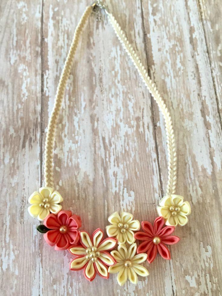 Kanzashi Flower Statement Necklace- Coral / Ivory by LilsHandmadeGarden on Etsy