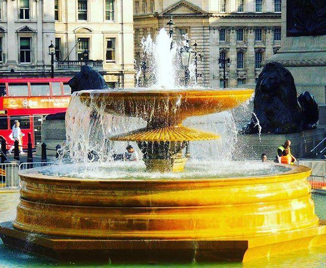 Golden Fountain #ThrowbackTuesday #London #UnitedKingdom #Throwback #travelnow #instapic #instapicoftheday #igtravel #igtraveller #BeautifulDestinations #traveltheworld #planetearthexplorer #explore #explorer #earth #instatravel #travel #travelmore #TravelPaMore #GalaPaMore #travelphotography #BeautifulScenery #wanderlust #travelgram #travelgoals #travelgasm #traveller #instatraveller #Blessed #travellerslife👣 by jpturico. igtravel #wanderlust #beautifuldestinations #travelmore…