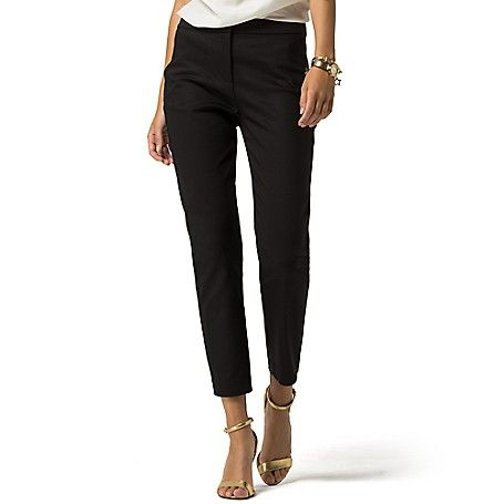 Tommy Hilfiger women's pant. Anything he can wear, she can wear better. Our latest trouser is a feminine bent on the menswear classic with an of-the-moment fit. Styled in comfortable stretch cotton, they feature a cropped ankle and flattering high waist. <br>• Skinny fit, high waist, cut just above the ankle. <br>• 53% cotton, 43% polyamide, 4% elastane. <br>• Trouser styling.<br>• Machine washable.<br>• Imported.<br>