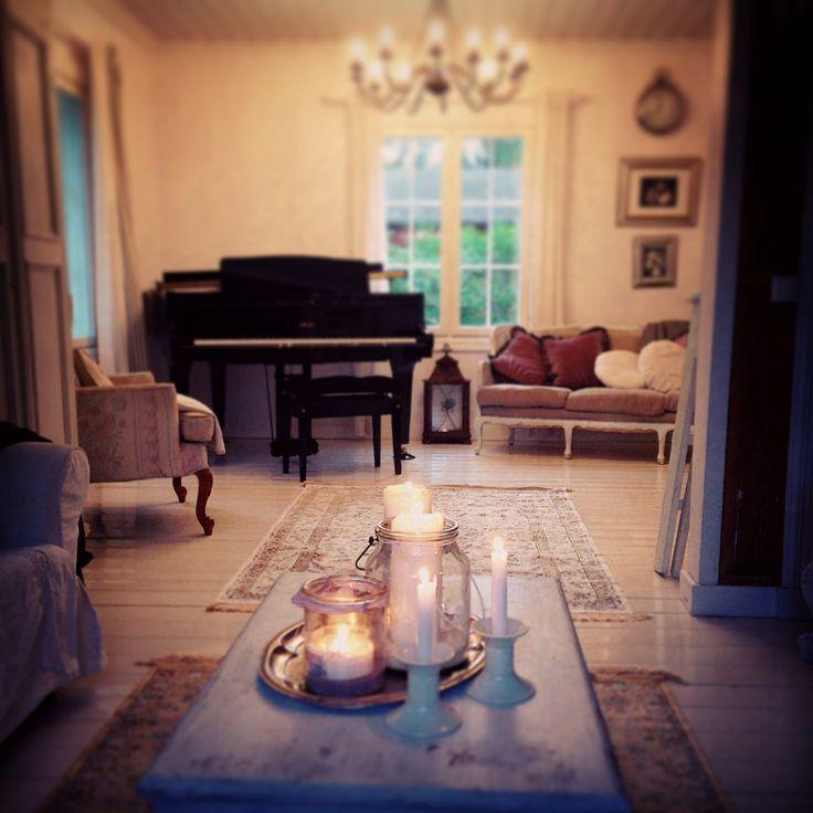 Livingroom Kawai grand piano