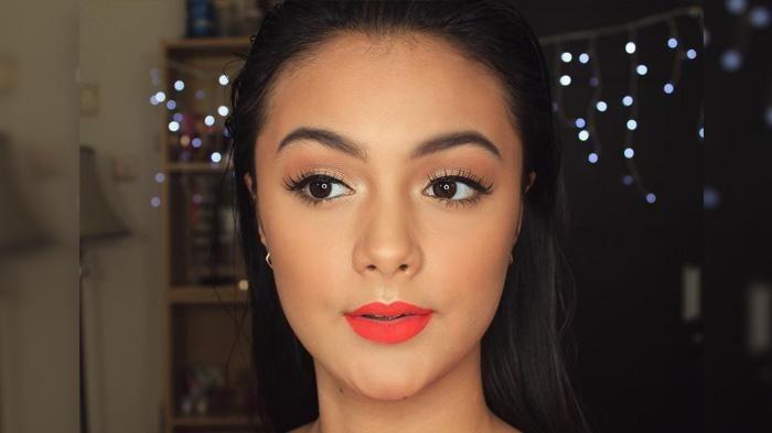 Tutorial Make Up Artis - Amanda Rawles Bisa Jadi Secantik Kendall Jenner Nih