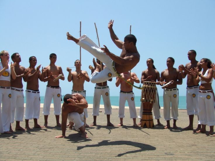 Roda de Capoeira The Dance     Those taking part in the dance form a circle called a roda. The participants then take turns singing, playing an instrument or performing martial arts. Some of the moves include takedowns, elbow strikes, punches, slaps and body throws. It is theorized that the martial arts moves have developed directly from African battle techniques.