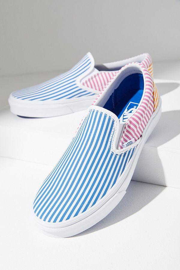 Vans Deck Club Slip-On Sneaker   Black