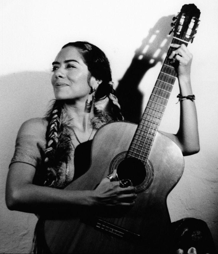 Ana Lila Downs Sánchez (b. 19 September 1968, Tlaxiaco, Oaxaca, MX)