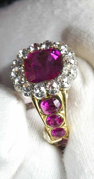 The Crown Jewels: The Queen Consorts pink ruby and diamond ring.: Queen Elizabeth, Towers Of London, Queen Consort, The Queen, Diamonds Rings, Royals Jewels, Consort Rings, British Crowns Jewels, Large Ruby