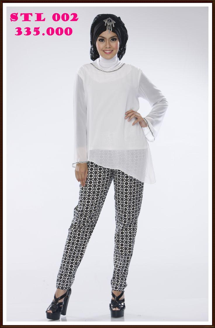 Stelan Blus Putih, simple dan Cantik
