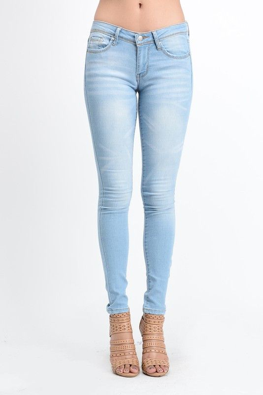 Our best selling jeans from one of our favorite designers! Customer favorite!! 63%Cotton 19%Viscose(Rayon) 16%Polyester 2%Spandex