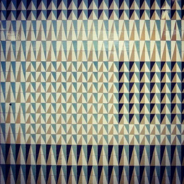 17 mejores ideas sobre azulejos de metro en pinterest for Azulejos sobre azulejos