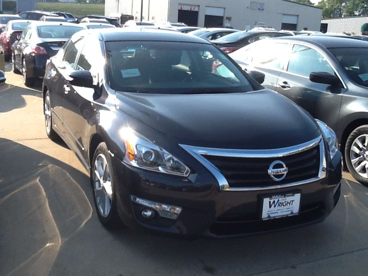 2014 Nissan Altima in Storm Blue NA14023 Nissan altima
