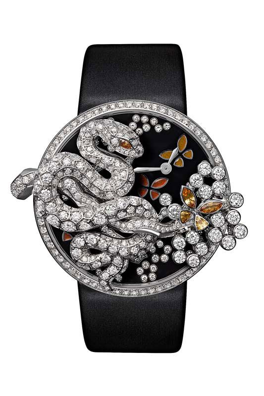 @Cartier Fabuleux snake watch, a numbered edition limited to 60 pieces. Case in white gold set with brilliant-cut diamonds